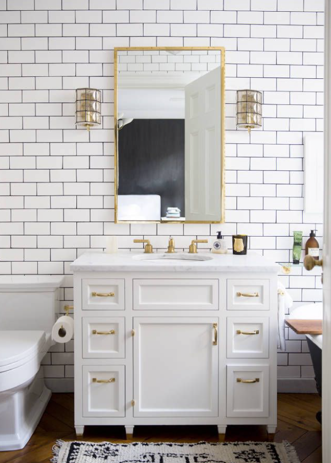 White And Gold Bathroom House Of Hawkes